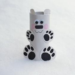 cardboard-tube-polar-bear-600