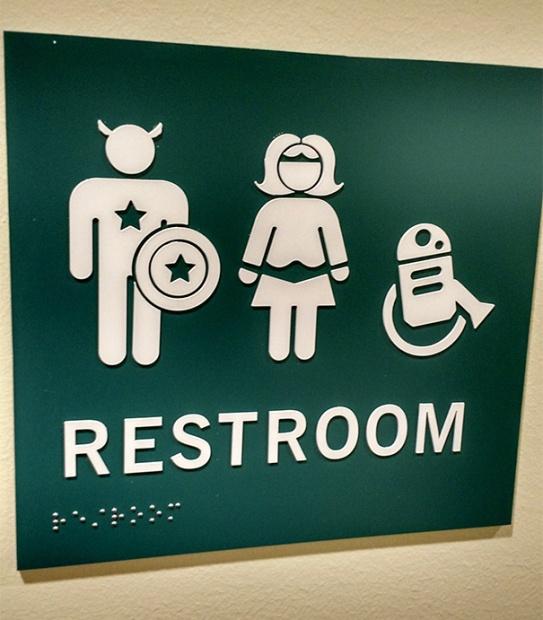 funny-bathroom-signs-23__605