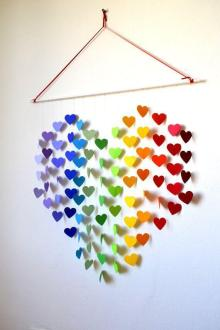 wall-hanging-using-paper-10-paper-heart-wall-art-570-x-855